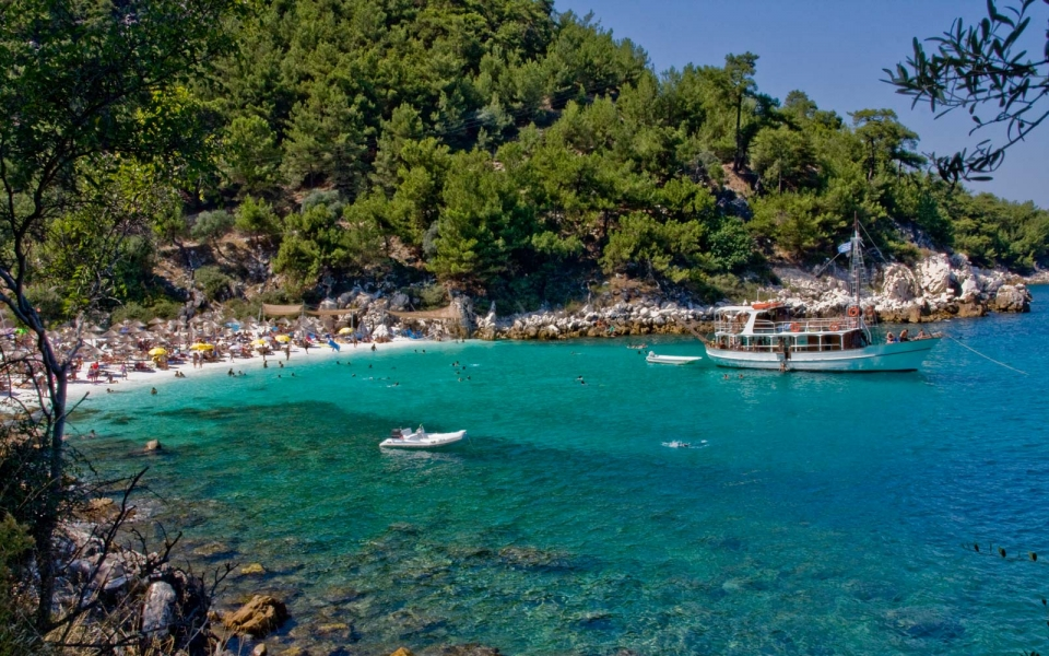 Potos in Thassos Island, hotels, rooms, beaches, offers